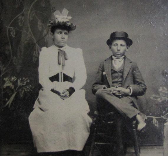 Vintage antique tintype photo 2 strange victorian for Odd victorian names