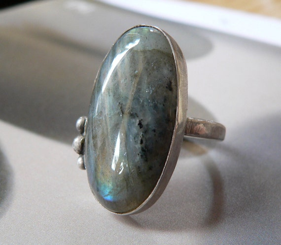 Labradorite Sterling silver ring, handcrafted coctail ring, metalwork, OOAK jewelry