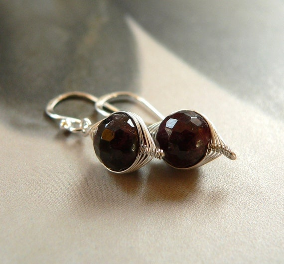 Garnet-Sterling Silver - Earrings