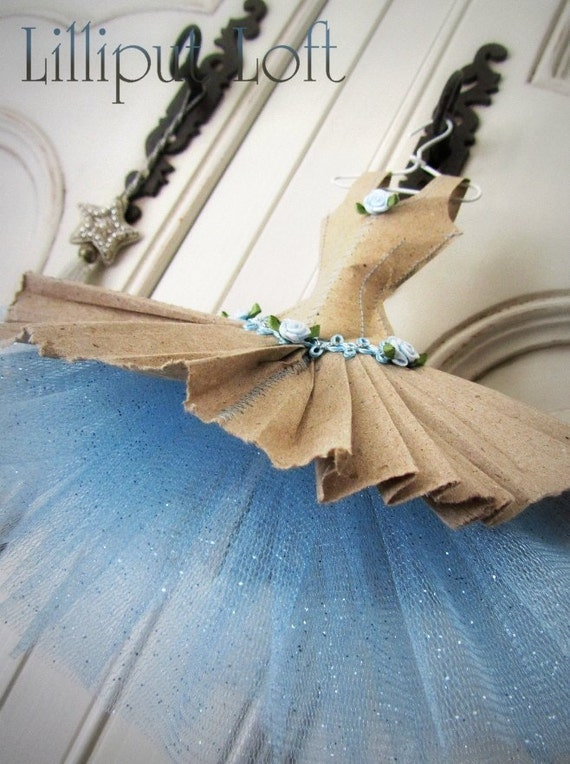 Papier Boudoir Boutique - pale blue trim recycled paper