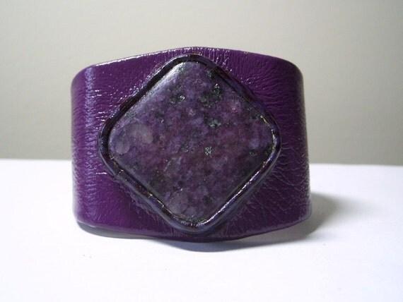 Adjustable purple leather bracelet cuff with Purple Sugilite