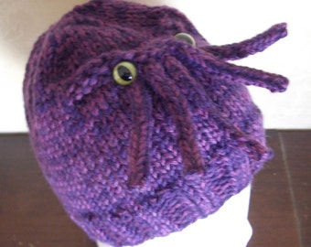Made to order - Cthulhu Hat - A warm and chaotic sweater for your head - You choose color and eyes