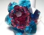 Swarovski flower ring (gree-fuchsia)