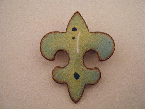Vintage Brooch Fleur De Lis Enamel on Copper