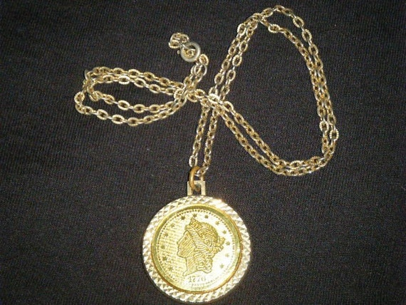 Vintage Faux 1776 Gold Coin Necklace