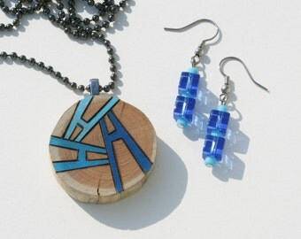 Cedar Wood Slice with Woodburned Original Design Colored with Prismacolor Pencils and Matching Glass Bead Earrings
