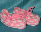 Checkerboard Knit Slippers