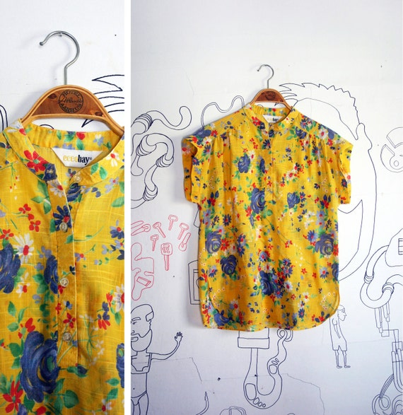 Vintage 1980s Ecco Bay  Yellow Floral Shoulder-less Oversized Vacation Top