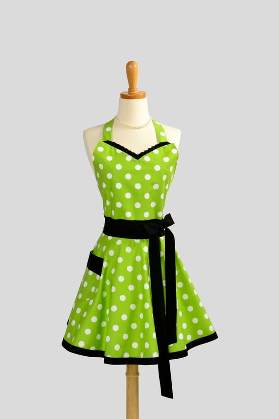 Womens Sweetheart Hostess Apron : Cute Retro Ruffled Sweetheart in Green and White Polka Dot with Black Trim