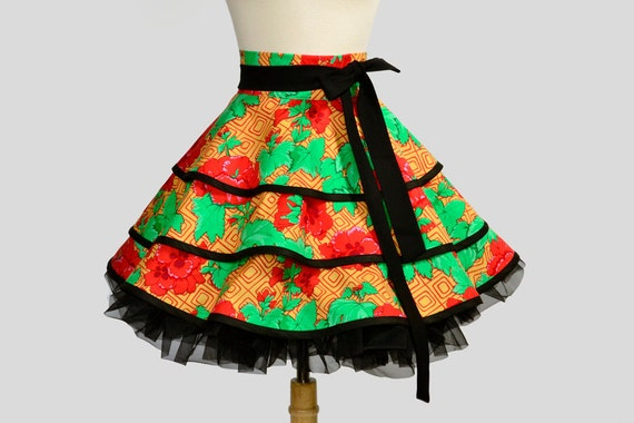Retro Womens Half Apron : Flirty Half Apron in Ruffled Layers of Cottage Garden Natural with Black Trim