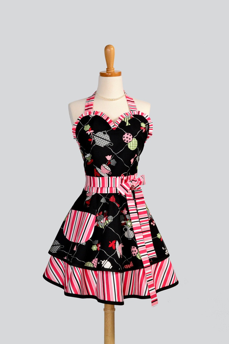 womens sweetheart apron cute tea for two fabric by. Black Bedroom Furniture Sets. Home Design Ideas