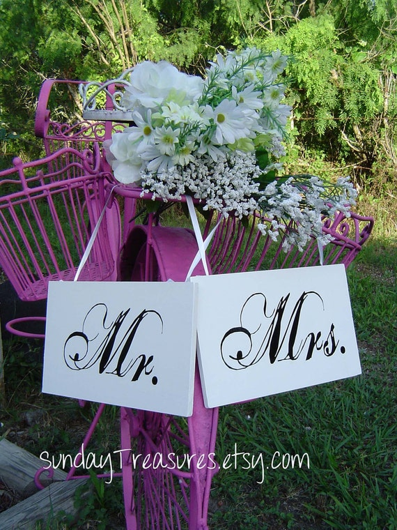 Black White Elegant Mr. & Mrs. Chair Signs. Photo Prop.  Lovers Rustic Shabby Vintage Garden Wedding Wood.  PICK COLORS. Ships in 4 Days