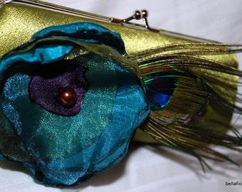 Set of 2 Bridesmaid Clutch | Bridesmaid Clutches | Bridesmaid Gift Idea | Formal Clutch Handbag | Custom Clutch | Personalized Clutch