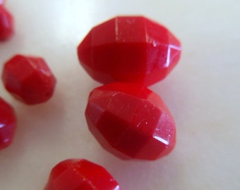 Bright Red Vintage German Glass Beads (22)