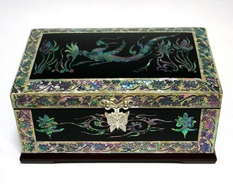 Mother of Pearl Wood Lacquer Jewelry Keepsake Gift Trinket Case Box with Phoenix Design
