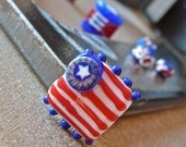 Patriot. . . 7 Handmade Lampwork Beads Red, White, and Blue SRA