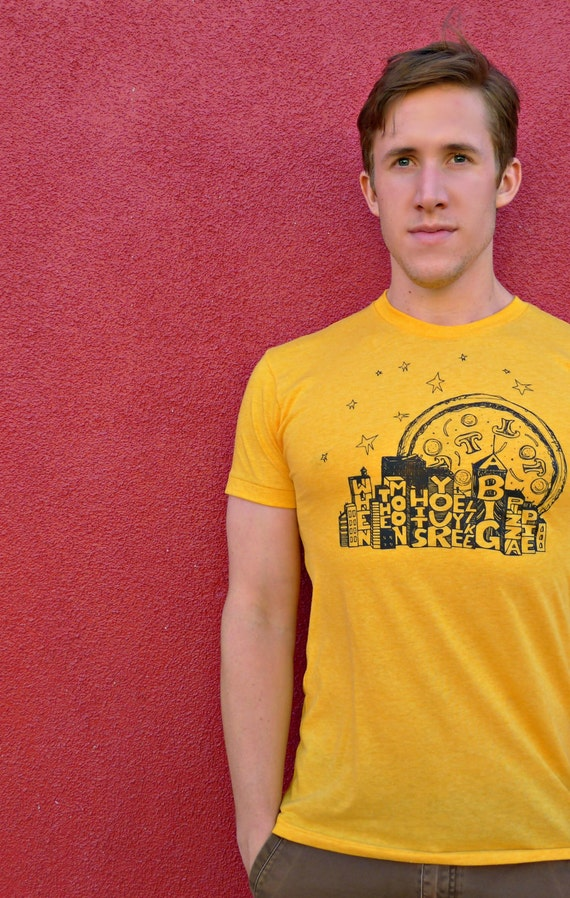 When The Moon Hits Your Eye Like A Big Pizza Pie MENS- S.M.L.XL.2xl