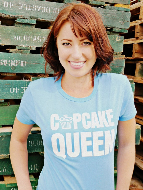 Cleaning out our Closet Sale- CUPCAKE QUEEN-limited for summer S