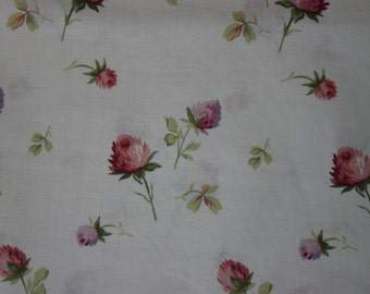 Yuwa Roses Fine Cotton Fabric Pink Roses on Cream 816518A