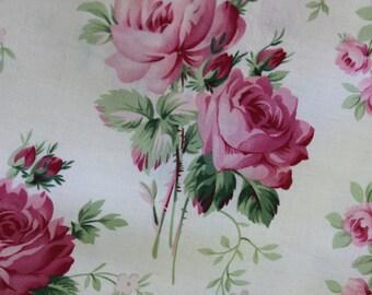 Barefoot Roses White Stemmed Flower  by Tanya Whelan PWTW054-WHT