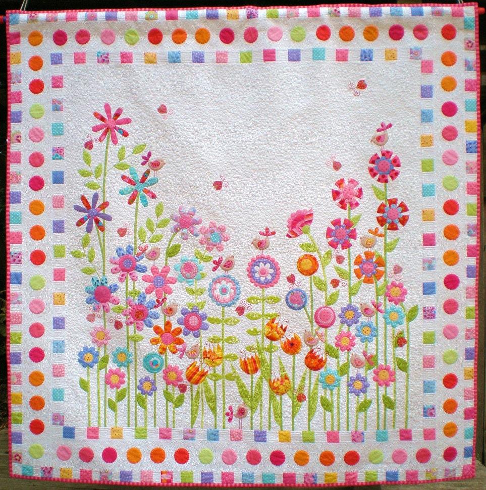 Quilt Patterns With Floral Fabric : Love Birds Quilt Pattern Applique Floral