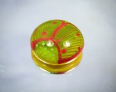 Moogin -green and coral red floral patterned glass cabochon - lampwork - sra