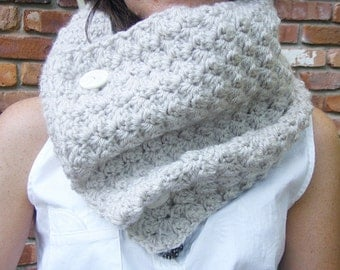 Crochet Cowl Scarf Neckwarmer in Linen with Buttons