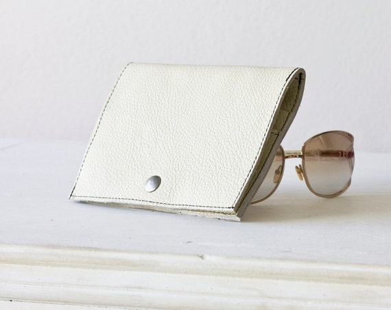 Wallet in Offwhite and yellow leather