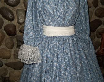 Ladies Civil War Pioneer Prairie Victorian Colonial Tea Dress Gown Set 3 piece