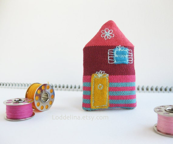 Tiny HOUSE brooch. Plum purple, pink and turquoise with yellow door