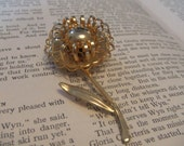 Vintage 1960's gold  flower brooch