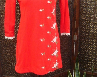 Vintage Flirty Tomato Red Embroidered Dress - Size 12 (Small)