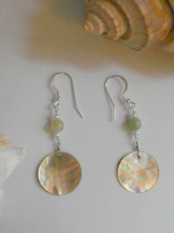 Mother of Pearl Dangle Earrings with Green Aventurine and Fresh Water Pearls