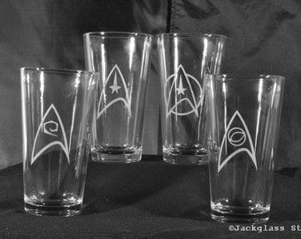 Star Trek Rocks Pint Set for Trekkies, Sci-Fi Nerds, Enterprise, Themed Bar or Wedding by Jackglass on Etsy