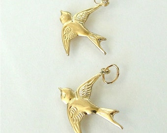 One Gold Filled Bird Charm (West) 17x16mm