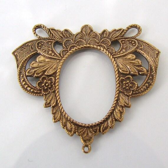 2 Pieces Elegant Connectors, Festoons - Floral Detail Antique Brass