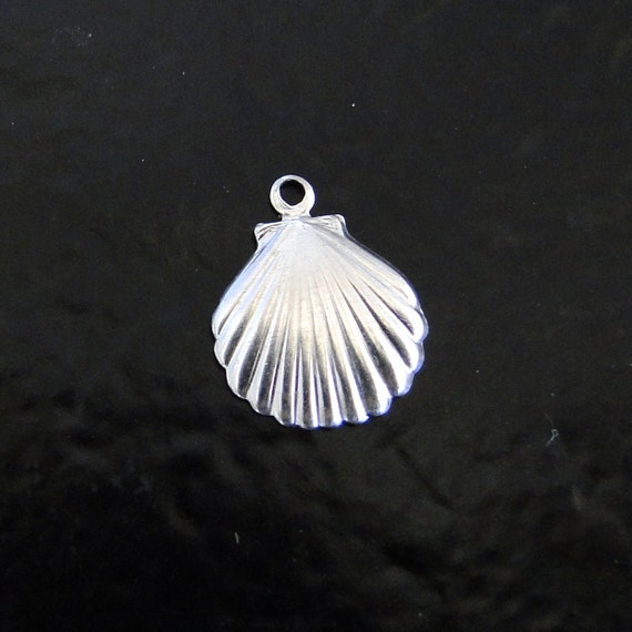 One Sterling Silver Shell Charm, MADE IN USA
