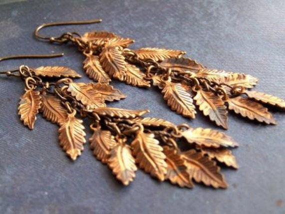 Falling - Vintage Golden Leaf Charms Dangle Earrings
