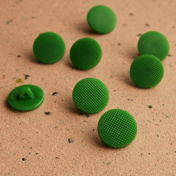 Vintage buttons - 8 plastic shank buttons from Soviet Union, green
