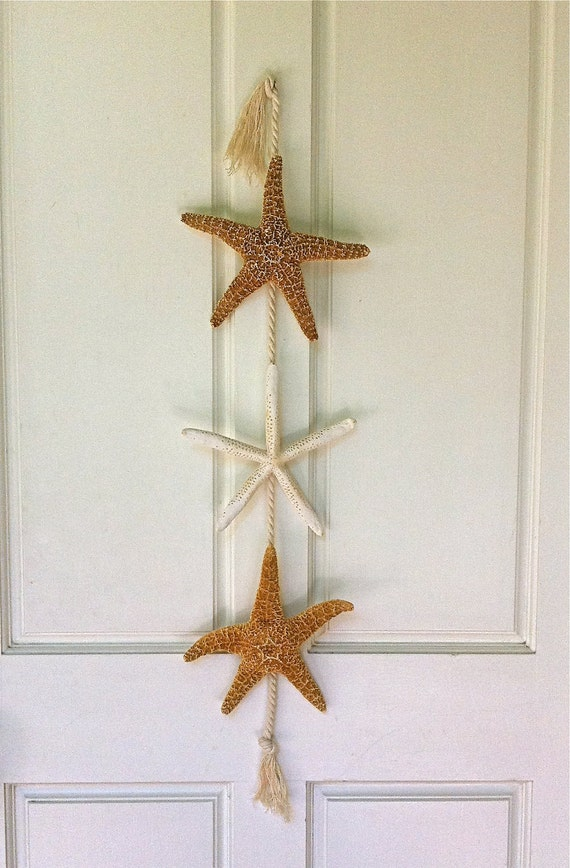Beach decor starfish door hanging beach by seashellcollection What to hang on front door for decor