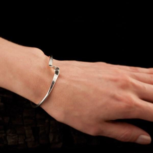Sterling Silver Cuff Bracelet- Cuff Bracelet- Silver Bracelet- Modern Silver Wave Bracelet- Sterling Silver Jewelry Handmade