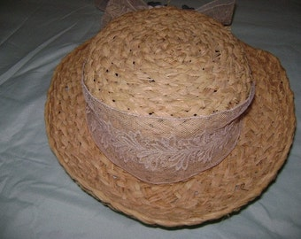 Girl's Summer Raffia Hat with Lace and Silk Flower trim