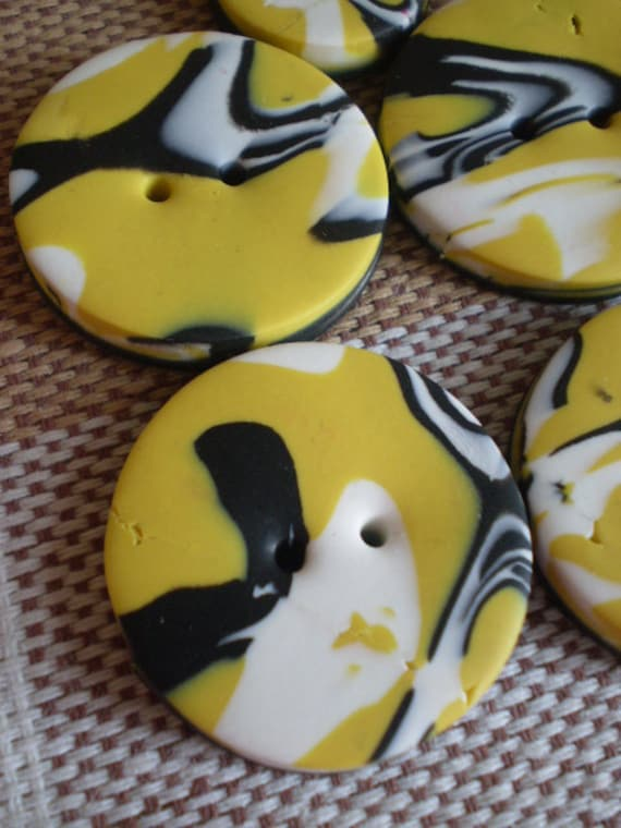 BUTTER - 5 Polymer Clay Buttons