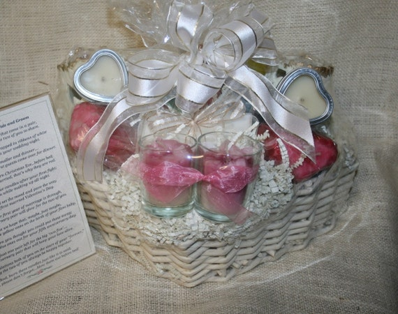Wedding Shower Gift Basket Poem : ... Candle Poem BasketHeart Shaped for Bridal Shower or Wedding Gift