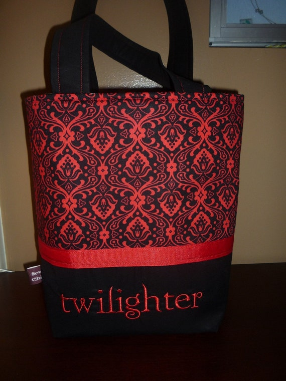 Medium Twilight Sew Chic Tote -----Free Shipping to the US-----