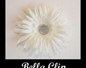Bella Clip White Spider Daisy Clip