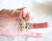 Brass cluster earrings - Medium