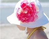 Beautiful White Sun Hat with Detatchable Pink Flower Rhinestone center Sizes NB-12M, 12-24M,2t-3T,3t-4t Ships 1-2 DAYS