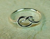 Four Knot Rings / Infinity Knot Ring / Bridesmaids Gifts / Sister Rings / Best Friend Ring / Tie the Knot  Ring