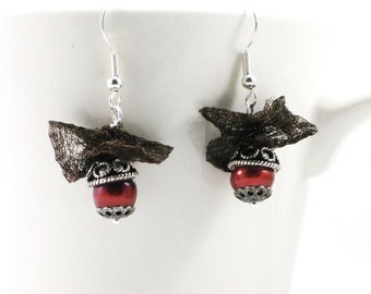 chocolate cherry colored freshwater cultured pearl earrings with chocolate wire lace